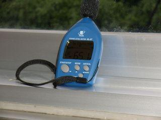 騒音レベルを測定する測定器
