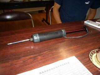 二酸化炭素などを測定する測定器と検知管